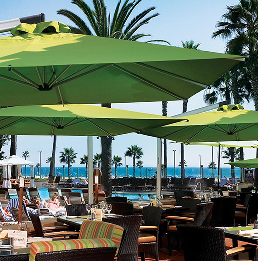 8 9 Orion Square Resort Umbrellas The Great Escape